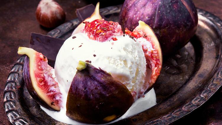 5 Malzemeli İncirli Yoğurtlu Dondurma Tarifi