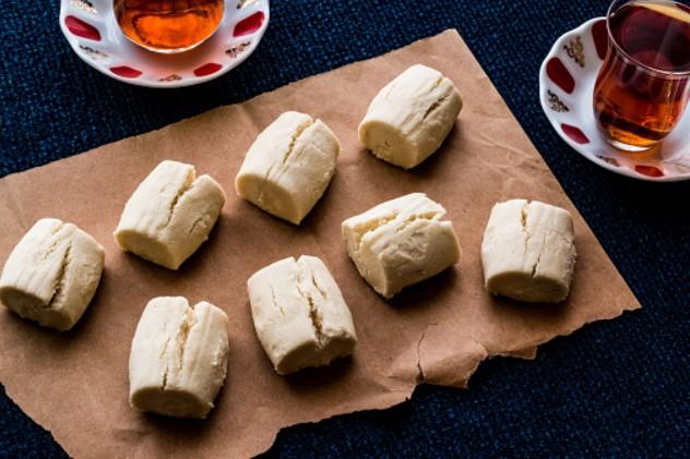 evde-pastane-usulu-un-kurabiyesi