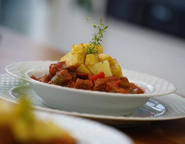 oktay-usta-tas-kebabi-tarifi