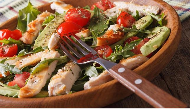 Tavuk Göğsü Salatası Tarifi